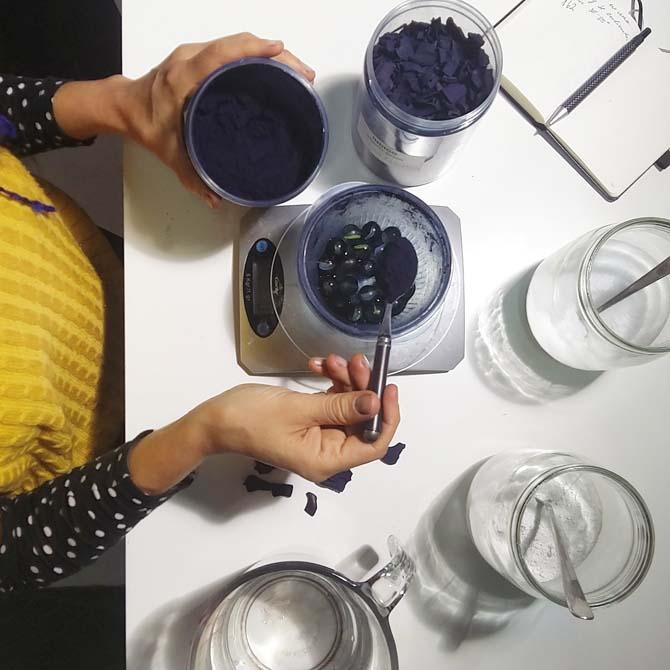 Teñido con Índigo_Método de fermentación_Curso de capacitación en Tintes Naturales en The Dyer's House
